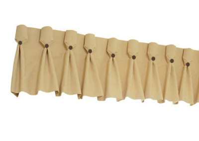 Goblet-pleat-valance-with-buttons